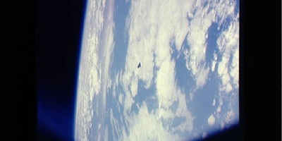 Triangle UFO Photographed by NASA ISS – Jan 24 2013