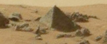 Alien hunters claim to have discovered a 'PYRAMID' on Mars