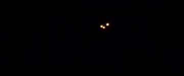 UFO Lights in Triangle Formation filmed over Sebring, Florida US