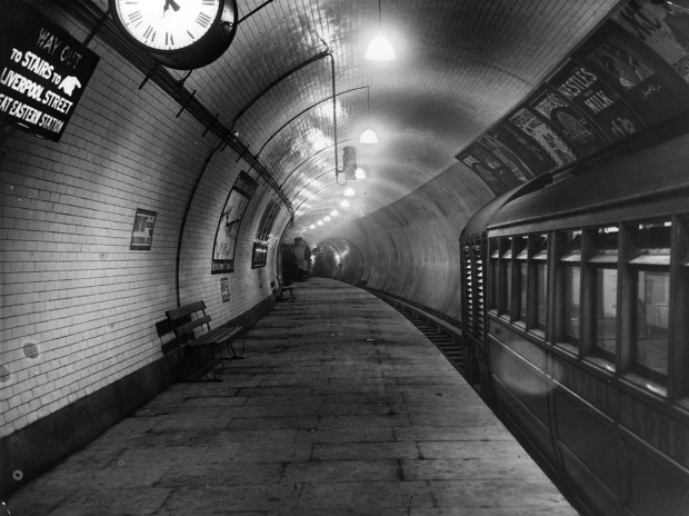 30th July 1912: The platform of the Central London Railway extension at Liverpool Street Station. (Photo by Topical Press Agency/Getty Images)