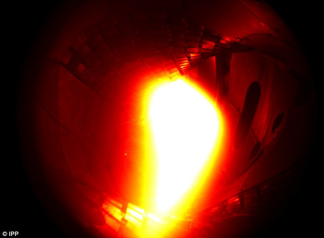 Pictured The first plasma in Wendelstein 7-X. It consisted of helium and reached a temperature of about one million degrees Celsius