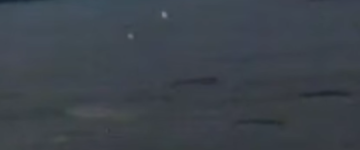 UFOs Filmed Making Crop Circles