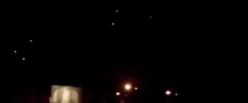 Multiple UFOs Filmed Over Toronto, Canada