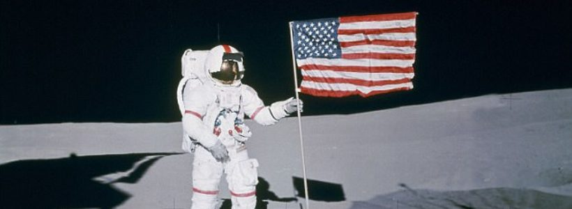 Meet the Nasa astronauts who believe that ALIENS are real ...