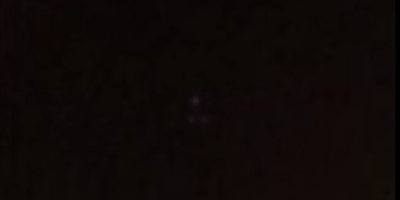 Triangle UFO filmed in Exmouth, UK – 17th April 2017