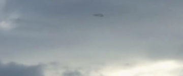 Triangle Shaped UFO Filmed Over Los Angeles