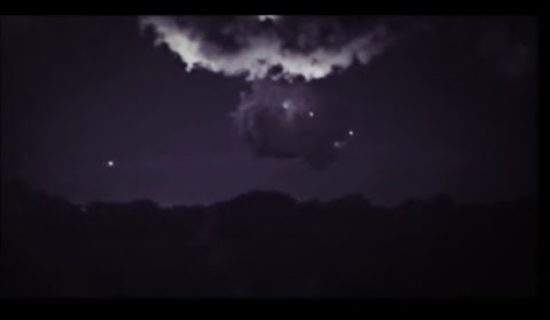 UFO's interact with giant storm cloud over Sydney