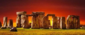 Stonehenge was built on solstice axis
