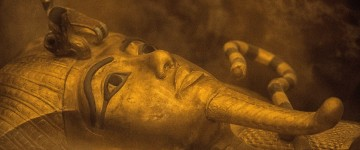 Egyptologists claimed they may have found the tomb of Queen Nefertiti