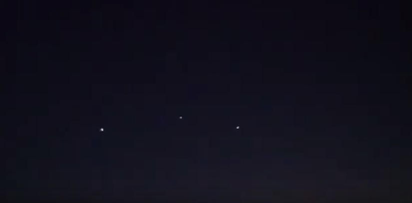 Multiple UFOs filmed over Texas – May 26 2013