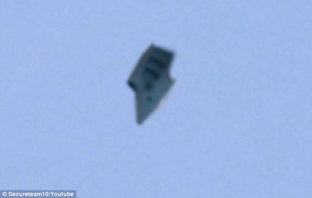 UFO sighting filmed over a US military base in Ohio