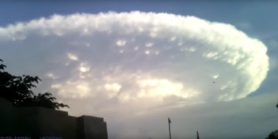 Giant UFO cloud filmed over Colombia