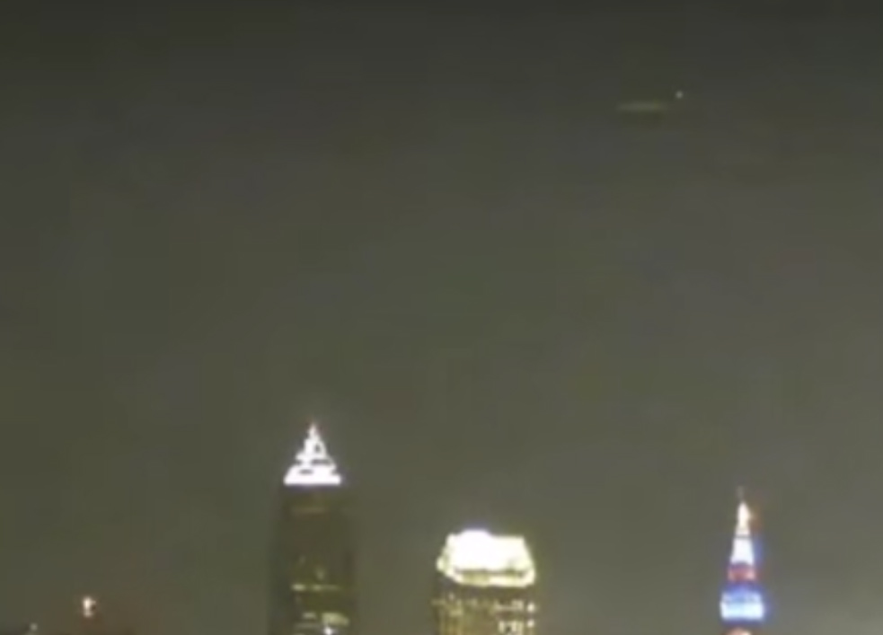 UFO activity filmed over Cleveland, Ohio – 19th August 2016