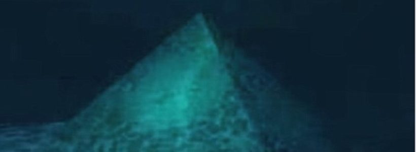 Conspiracy theorists say there a crystal pyramid below the Bermuda Triangle
