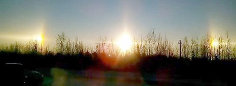 Incredible video shows THREE SUNS appear over St Petersburg in a rare phenomenon