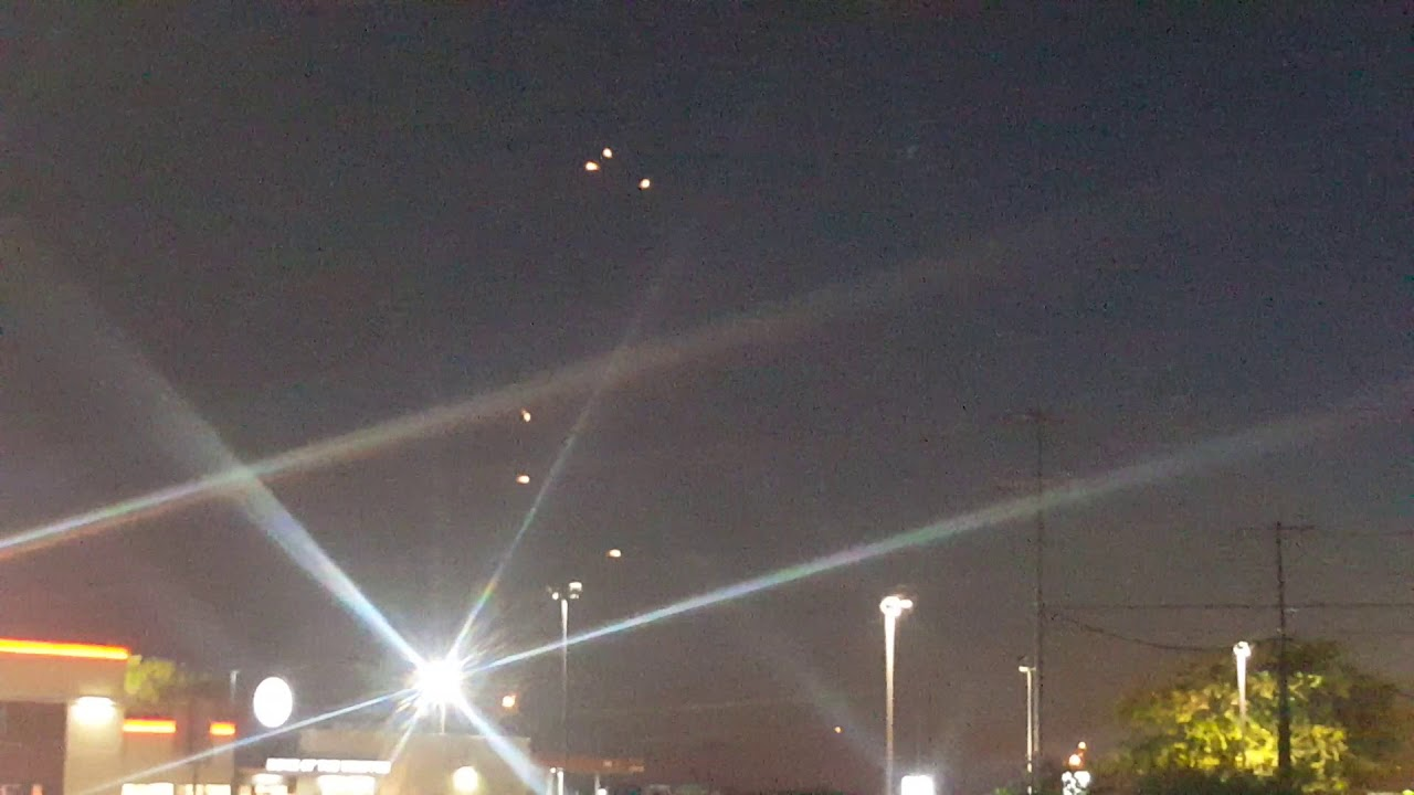 Multiple UFOs Filmed In The Sky Above New Braunfels, Texas
