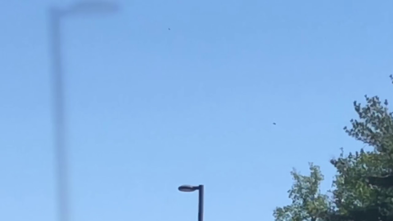 Unknown object hovering in sky above Arlington – Virginia – 27th April 2019