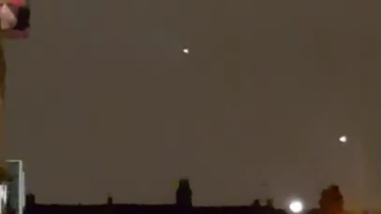 UFO Activity Filmed Over London –  May 15th, 2021